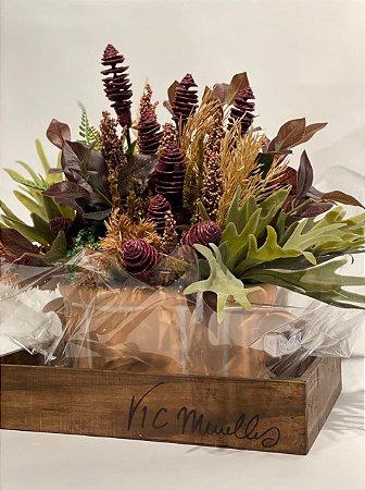 Arranjo Permanente em Cachepô de cerâmica com folhas, Chifre de Veado e Sementes