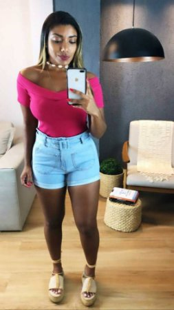 Short Jeans Liso Cinto
