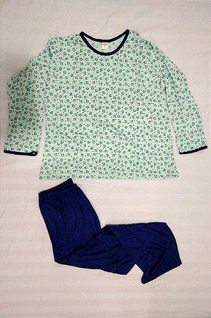 Pijama Plus Size Feminino Longo Estampado - Verde Claro com Pinguim