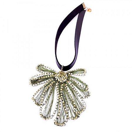 Colar Flora Crochê em Metal Artesanal Heliana Lages
