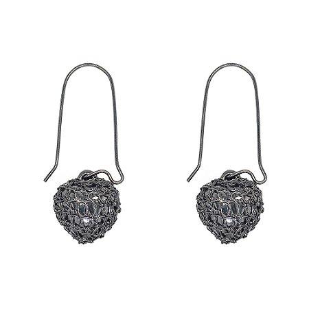 Brinco Anzol Heart Crochê em Metal Artesanal Heliana Lages