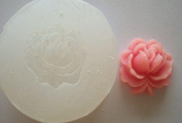 Molde de Silicone Rosa (2,4cm)
