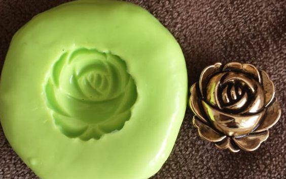 Molde de Silicone Rosa dourada P (1,8cm)