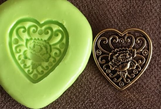 Molde de Silicone Coração rendado (2,5cm)