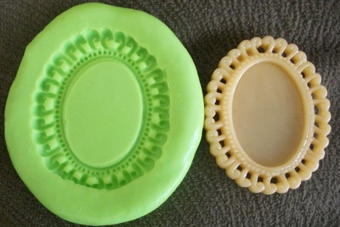 Molde de Silicone Placa p/ docinho  (4cm)