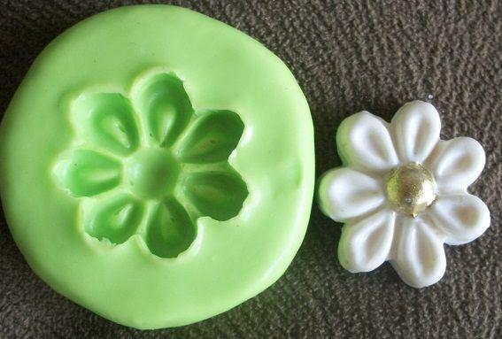 Molde de silicone Incolor Flor Margarida (2,7cm)