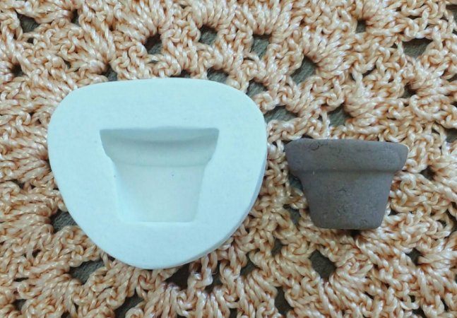Molde de silicone Vaso 2 (3,5cm x 3,1cm)