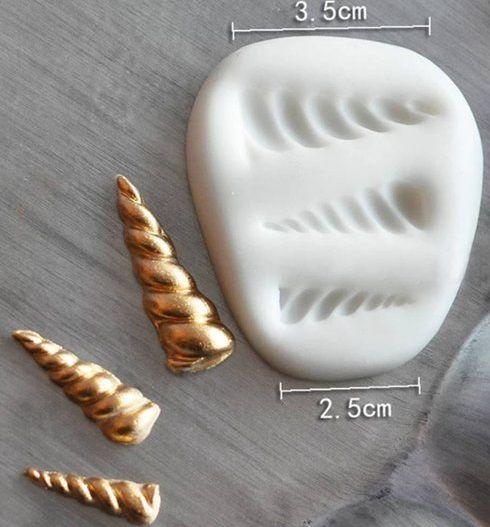 Molde de silicone Chifres de unicórnios (3,5 a 2,2cm)