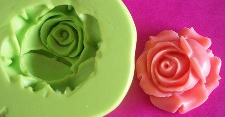 Molde de Silicone Rosa (2,7cm)