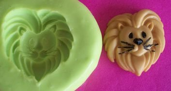 Molde de Silicone Leão P p/ doces 1,3cm)
