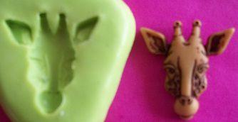 Molde de Silicone Girafa P p/ doces (1,7cm)