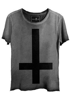 Camiseta  Estonada Gola Canoa Corte a Fio Invert Cross