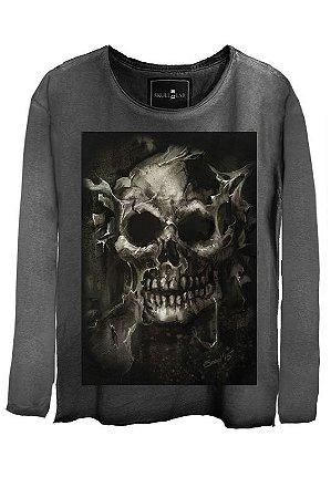 Camiseta Estonada Gola Canoa Manga Longa Skull Root Tree