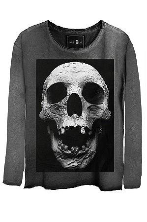 Camiseta Estonada Gola Canoa Manga Longa  Cranio