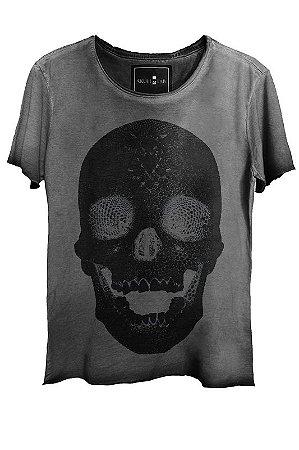 Camiseta Estonada Gola Canoa Corte a Fio Skull Pearl