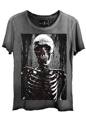 Camiseta Estonada Gola Canoa Corte a Fio Esqueleto