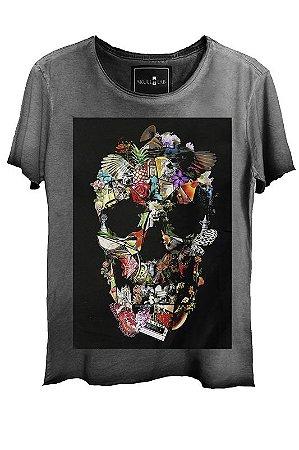 Camiseta Estonada Gola Canoa Corte a Fio Skull Assembly