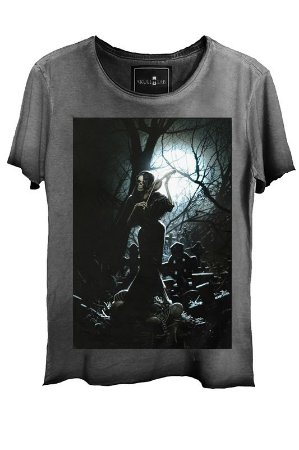 Camiseta Estonada Gola Canoa Corte a Fio Skull Violin
