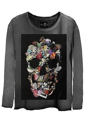 Camiseta Estonada Gola Canoa Manga Longa Skull Assembly