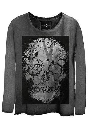 Camiseta Estonada Gola Canoa Manga Longa  Skull Florest