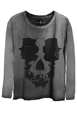 Camiseta Estonada Gola Canoa Manga Longa Skull Hats