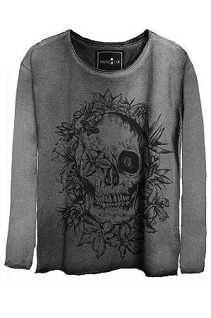 Camiseta Estonada Gola Canoa Manga Longa Skull Bush