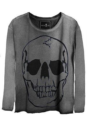 Camiseta Estonada Gola Canoa Manga Longa  Beautiful Smile Skull