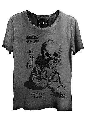 Camiseta Estonada Gola Canoa Corte a Fio Ossos