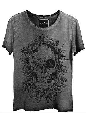 Camiseta Estonada Gola Canoa Corte a Fio Skull Bush