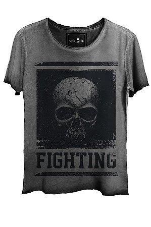 Camiseta Estonada Gola Canoa Corte a Fio Skull  Fighting