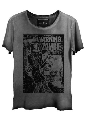 Camiseta Estonada Gola Canoa Corte a Fio Zombie