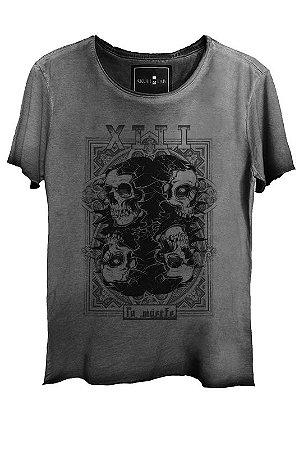 Camiseta Estonada Gola Canoa Corte Skull 7918