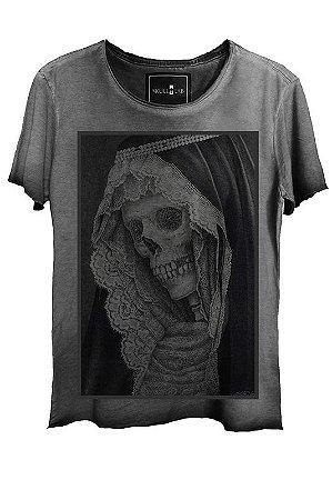 Camiseta  Estonada Gola Canoa Skull Corte a Fio