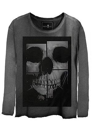 Camiseta  Estonada Gola Canoa Manga Longa Skull Mirror