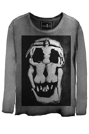 Camiseta  Estonada Gola Canoa Manga Longa Skull Corps