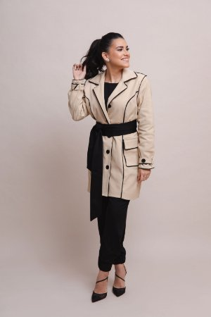 Trench Coat Anne