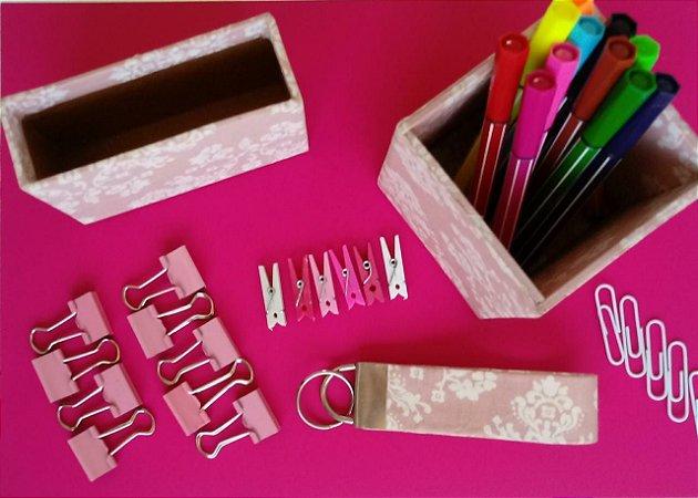 Porta canetas, porta papel de recados e chaveiro