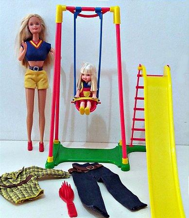Boneca: Barbie e Kelly - Playground