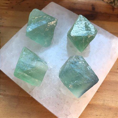 Octaedro de Fluorita Verde Natural