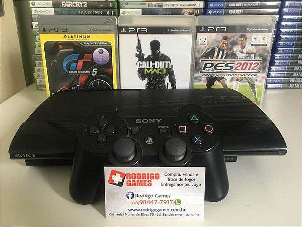 Console Ps3 250GB com 3 jogos ( USADO )
