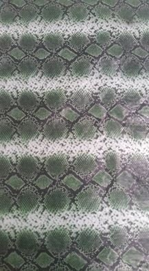 pelicula para water transfer printing modelo  couro cobra verde tamanho 1mts x 50 cmts de largura