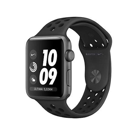 Apple Watch Series 3 42mm Nike + Caixa cinza-espacial de alumínio com pulseira esportiva Nike cinza-carvão/preta