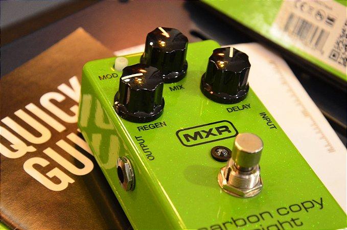 Pedal MXR Carbon Copy Bright