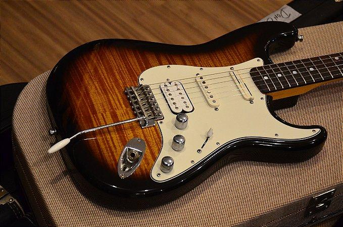 Guitarra Fender Stratocaster Photoflame - Made in Japan