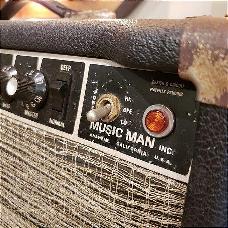 Amplificador Music Man HD130
