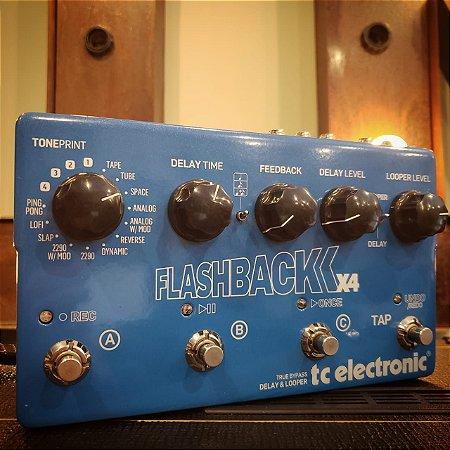 Pedal TC Eletronic Flashback X4