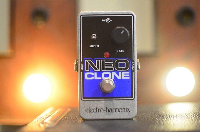 Pedal EHX Neo Clone Chorus