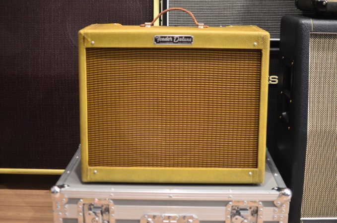 Amplificador Deluxe Tweed 5E3 Hand Wired