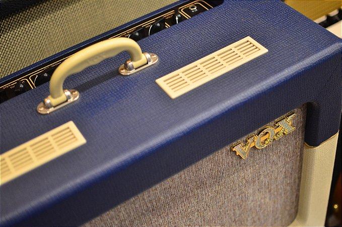 Amplificador VOX AC15 TV Blue & Cream Limited Edition (semi-novo)