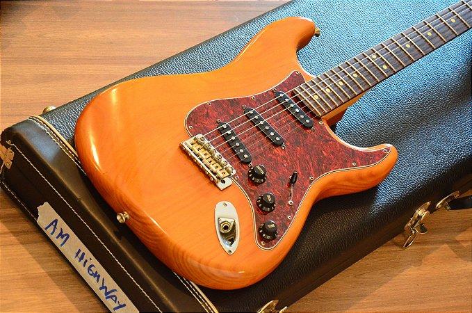 Guitarra Fender Stratocaster American Highway One 2006 Anniversary Case PRO
